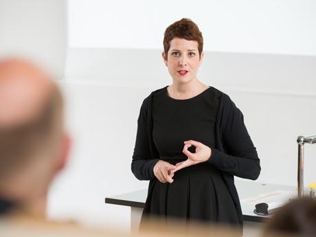 Zu Besuch: Interview mit Gastprofessorin Sara Ortells Badenes